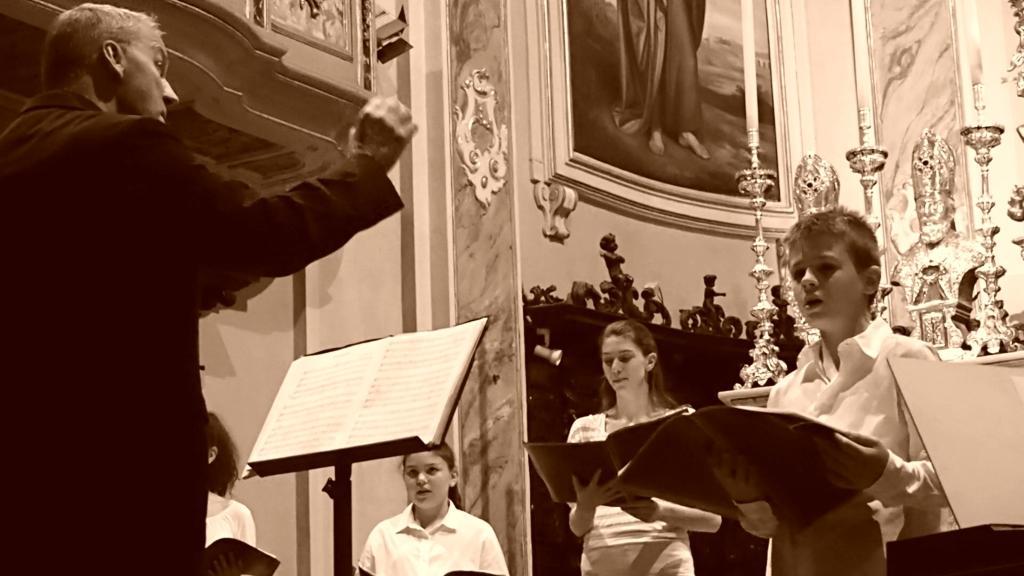 MUSICA DI QUALITÀ E UN'OTTIMA PERFORMANCE VOCALE